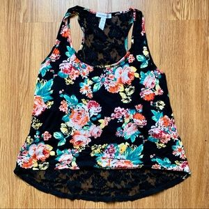 $5 BUY 2 GET 1 🆓 Floral Lace tank